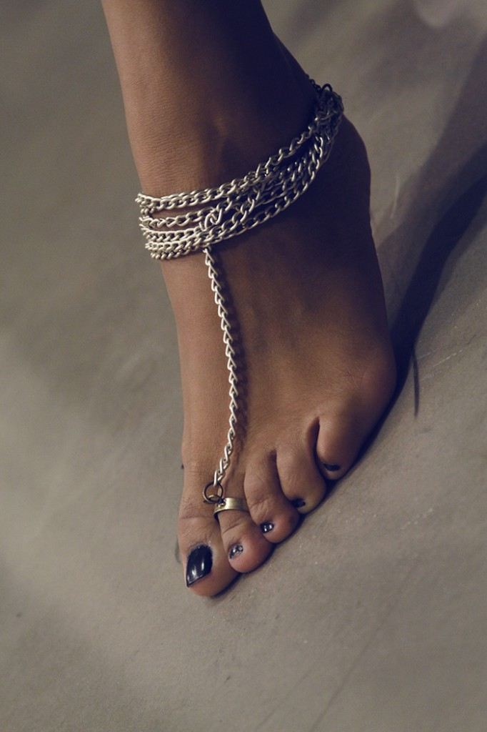 The Anklet twisted into the Punk avatar