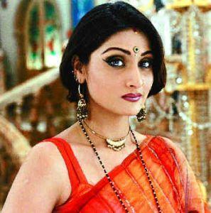 The Quintessential Komolika Look (Image: http://www.thehindu.com)