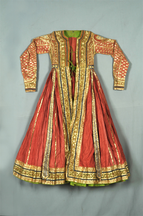 Peshwaz The Royal Ancestor Of Anarkali Suits Utsavpedia