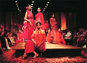Kumbh Mela Inspired Indian Ethnic Fashion (Image: http://static.indianexpress.com)