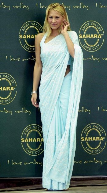 Anna Kournikava in Georgette Saree (Image Courtesy: Pinterest)