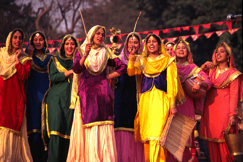 Women Performing Giddha Dance