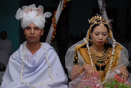 a03e0364f7398 Manipuri Wedding Traditions And Rituals | Utsavpedia