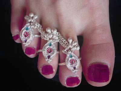 Indian Toe Ring Shoes