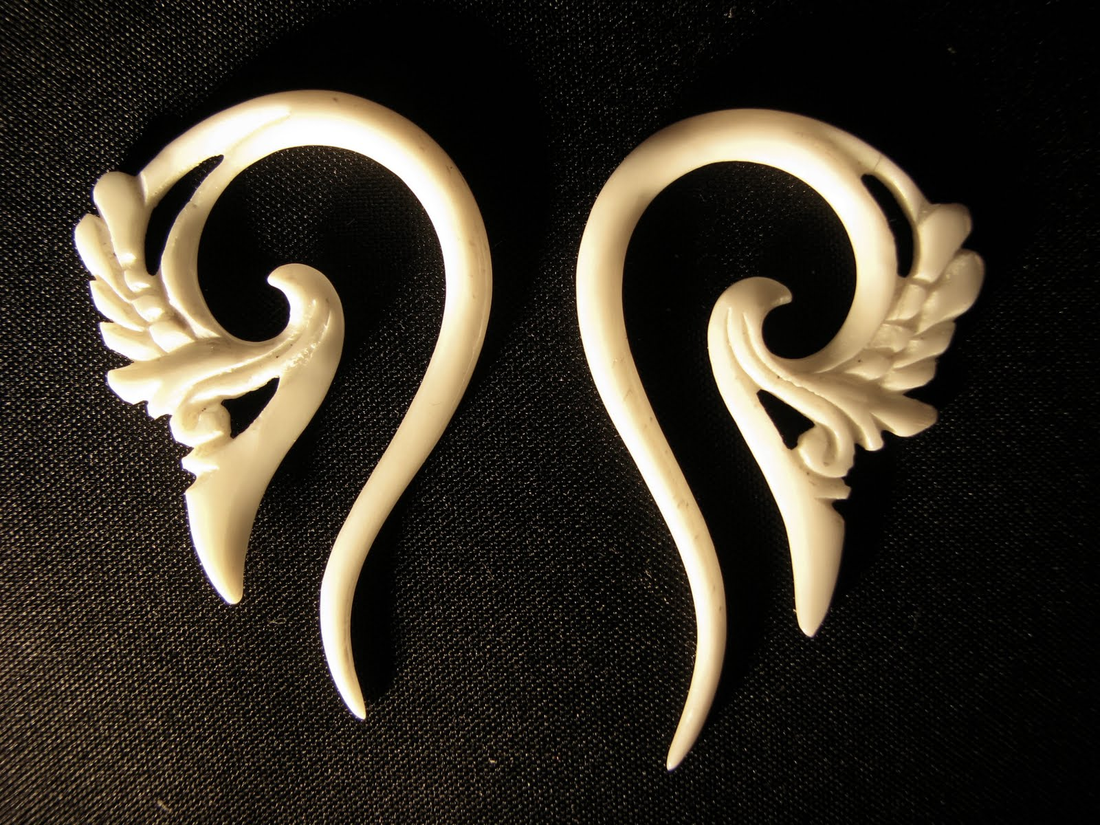 754b3060ddc74b Know Everything About Bone Jewelry