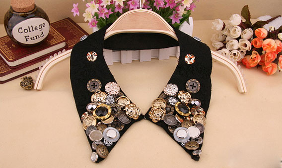 Retro Collar Jewelry