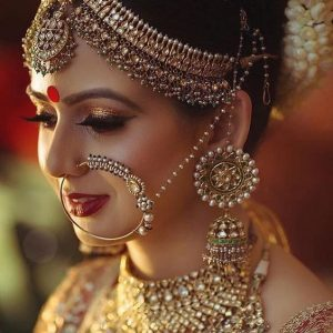 Red Bridal Bindi