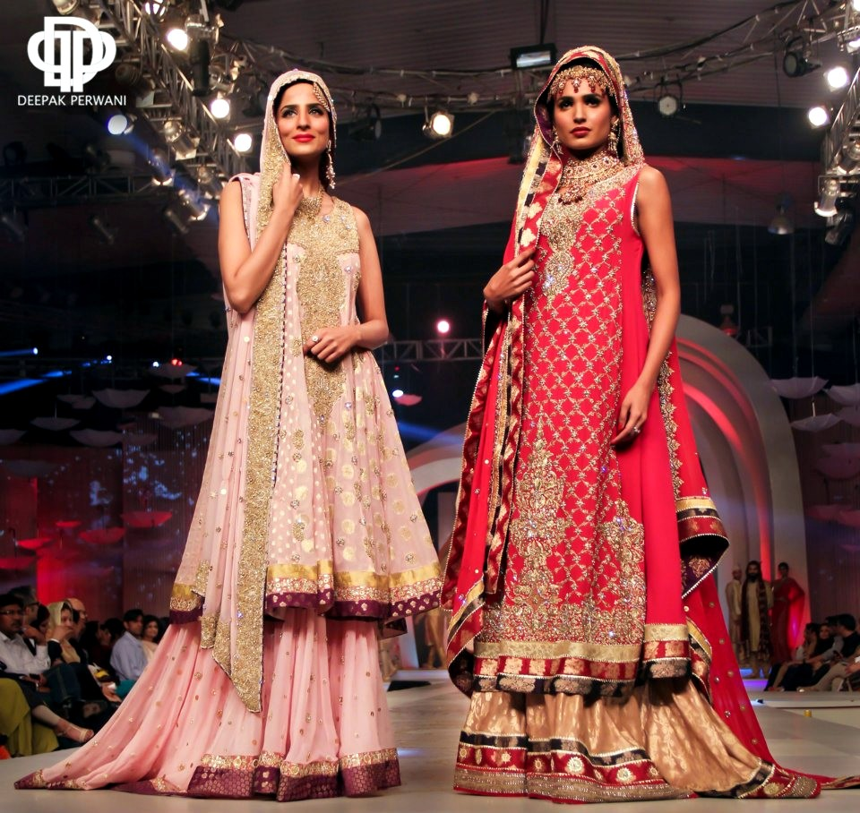 Farshi Pajama at Deepak Perwani Couture Collection 2013 (Image- Fashion Hunt world)
