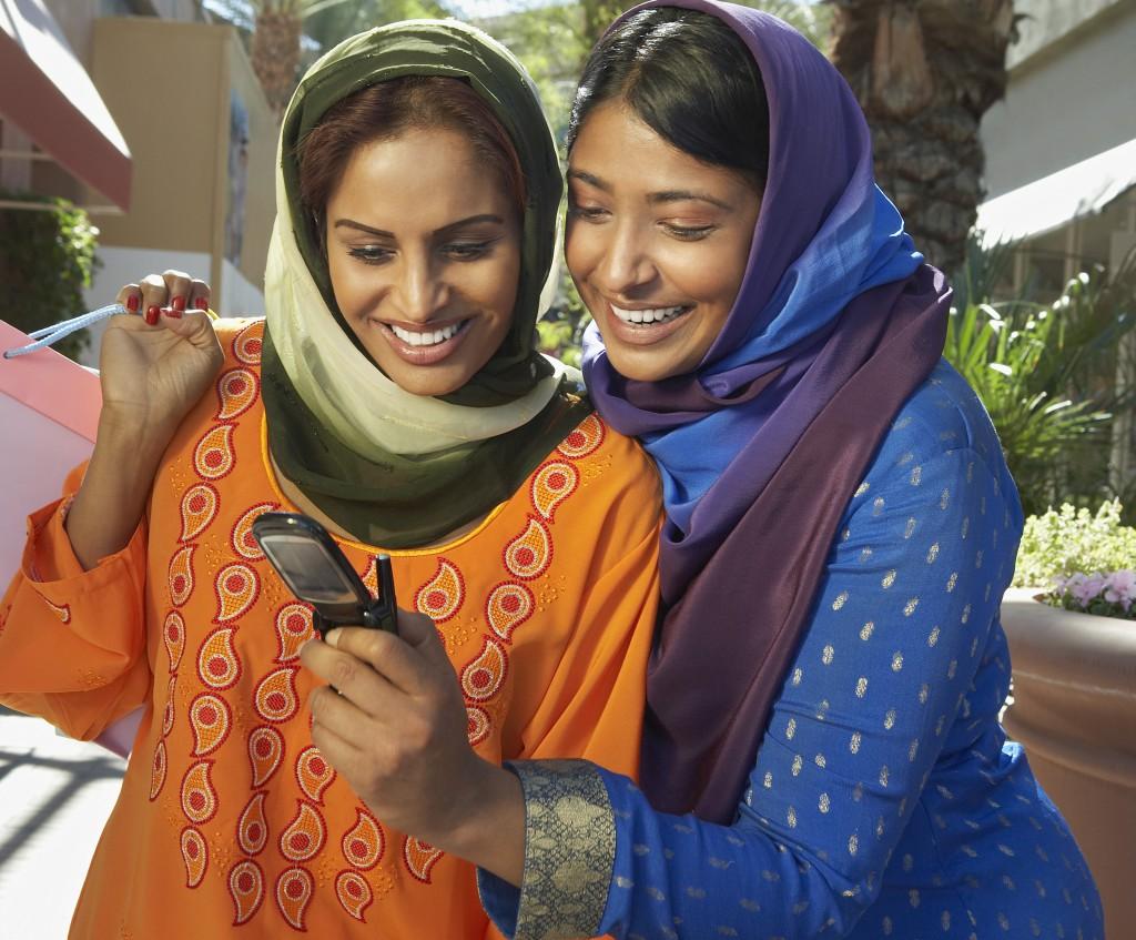Women Shopping for Eid Online