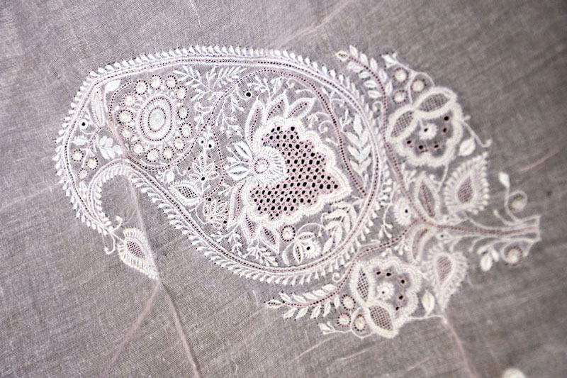 Jaali Work Most Famous Form Of Chikankari Embroidery Clothing | Utsavpedia