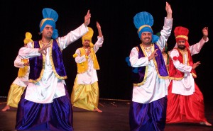 Men doing Bhangra (Image: bhavanaustralia.org)