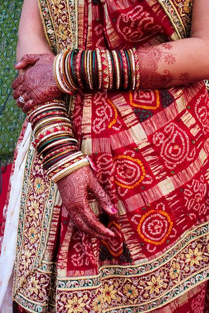 Panetar: A Bridal Saree from Gujarat